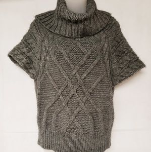 3/$25 🛍 LOFT Cable Knit Cowl Sweater